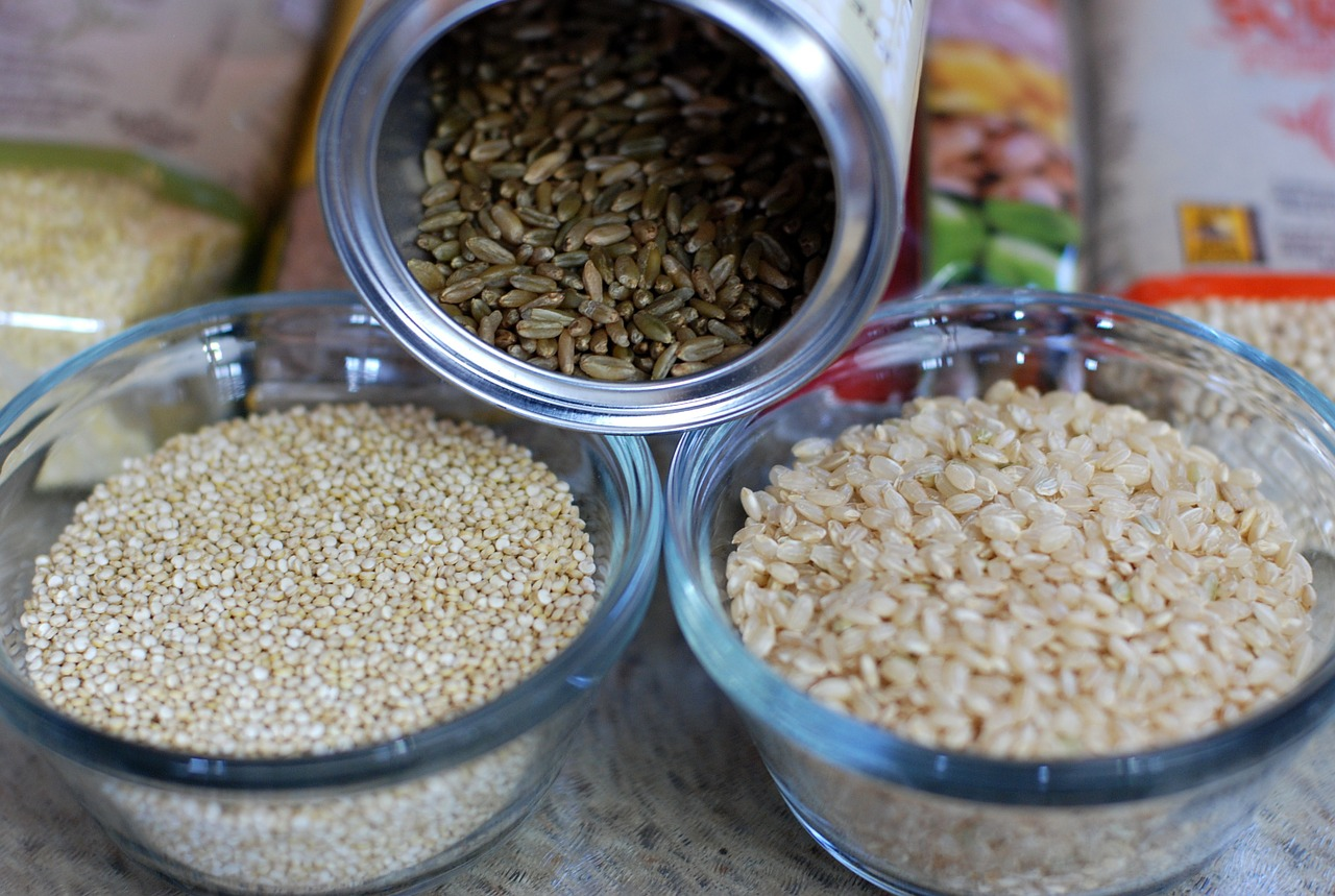 4 Tips for Eating Clean and Making Healthier Food Choices - switch to whole grains