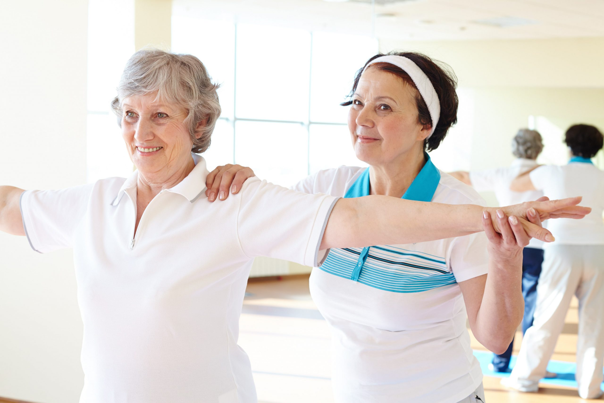 elder-lady-working-out